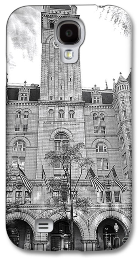 Washington Galaxy S4 Case featuring the photograph The Old Post Office by Olivier Le Queinec