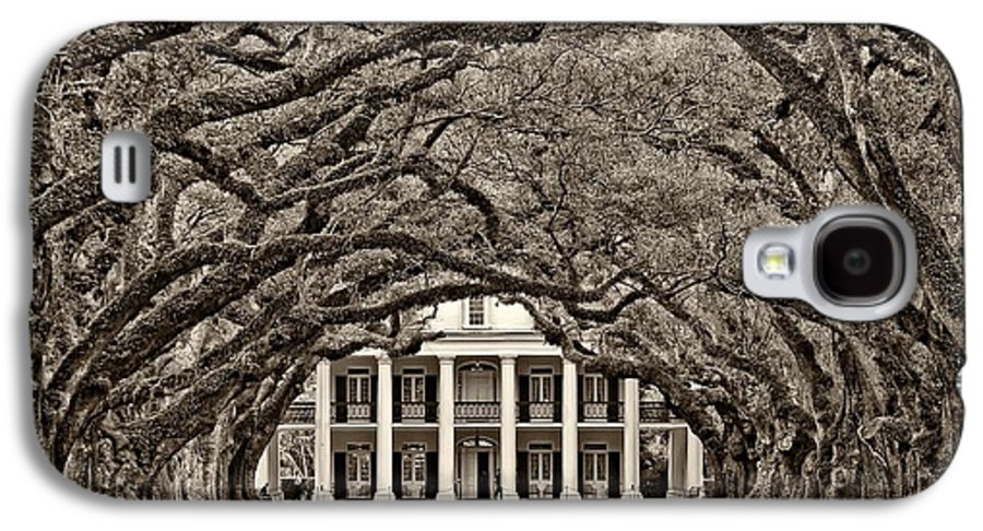 Oak Alley Plantation Galaxy S4 Case featuring the photograph The Old South Sepia by Steve Harrington