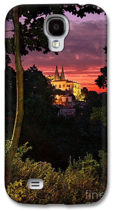 Ancient Galaxy S4 Case featuring the photograph Sintra Palace by Carlos Caetano