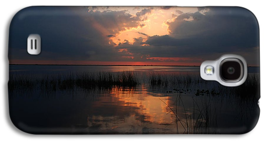 Sunset Galaxy S4 Case featuring the photograph Sun Behind The Clouds by Susanne Van Hulst