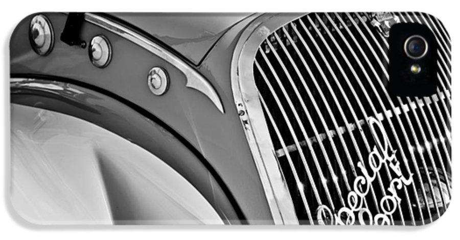 1937 Peugeot 402 Darl'mat Legere Special Sport Roadster Recreation Grille Emblem IPhone 5 / 5s Case featuring the photograph 1937 Peugeot 402 Darl'mat Legere Special Sport Roadster Recreation Grille Emblem by Jill Reger