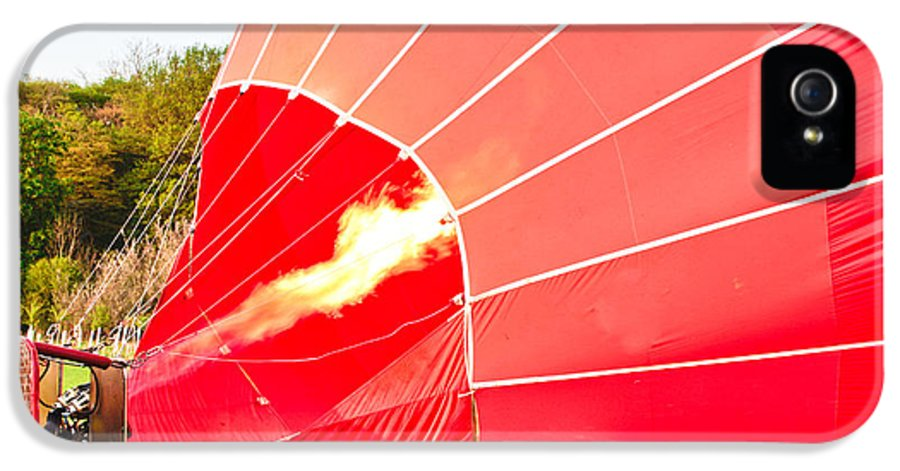 Basket IPhone 5 / 5s Case featuring the photograph Hot Air Balloon by Tom Gowanlock
