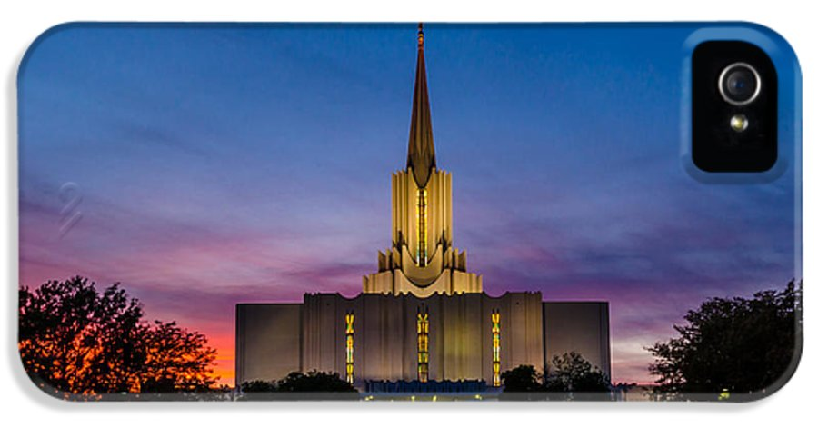 Jordan River Temple IPhone 5 / 5s Case featuring the photograph Jordan River Temple Sunset by La Rae Roberts