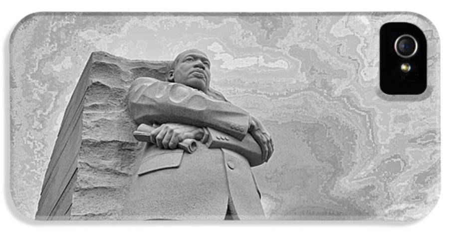 Martin Luther King Memorial IPhone 5 / 5s Case featuring the photograph Martin Luther King Jr Memorial by Allen Beatty