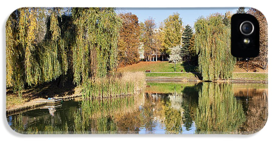 Pond IPhone 5 / 5s Case featuring the photograph Moczydlo Park In Warsaw by Artur Bogacki