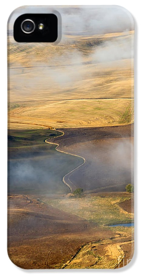 Palouse IPhone 5 / 5s Case featuring the photograph Patterns Of The Land by Mike Dawson