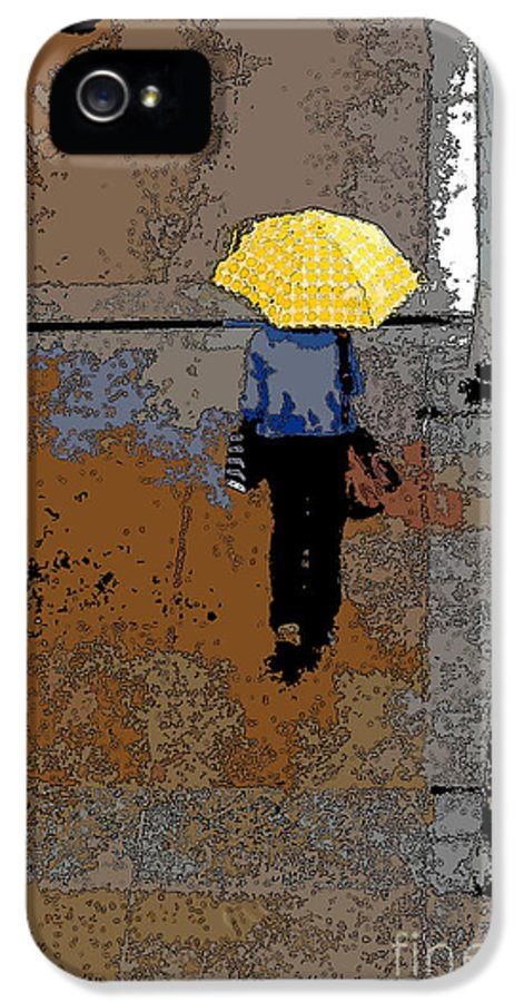 Rainy Days IPhone 5 / 5s Case featuring the photograph Rainy Days And Mondays by David Bearden