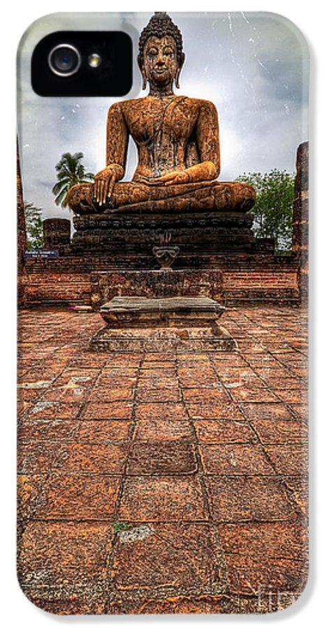 Hdr IPhone 5 / 5s Case featuring the photograph Sukhothai Buddha by Adrian Evans