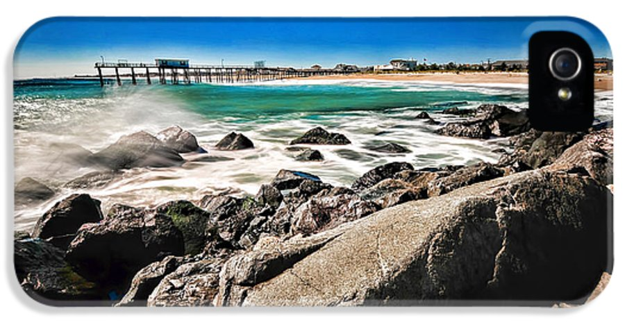 Paul Ward IPhone 5 / 5s Case featuring the photograph The Jersey Shore by Paul Ward