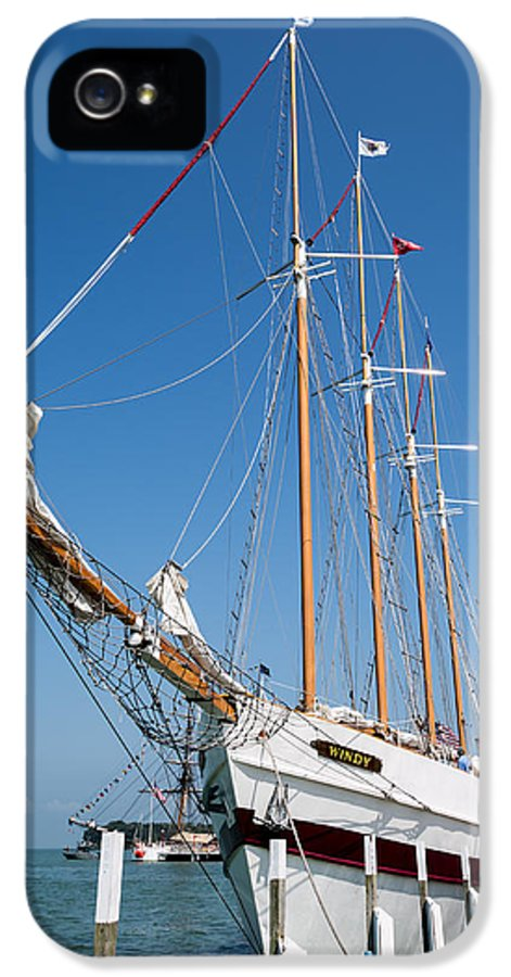 The Tall Ship Windy IPhone 5 / 5s Case featuring the photograph The Tall Ship Windy by Dale Kincaid