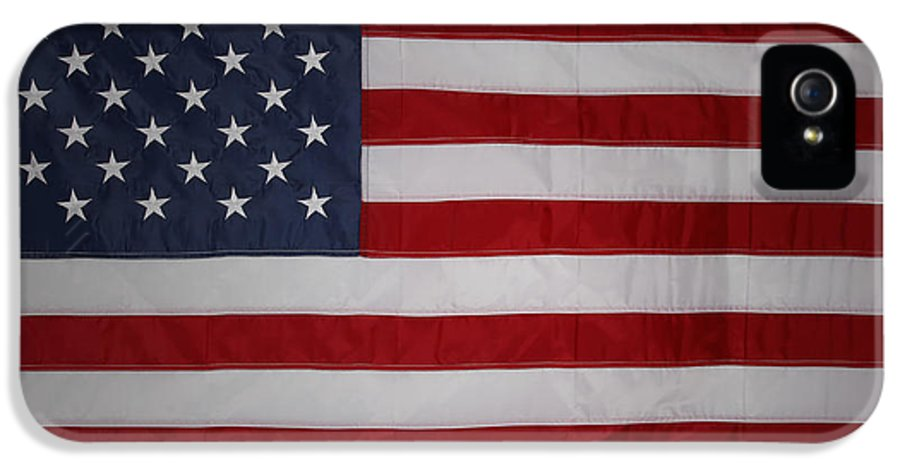 American Flag IPhone 5 / 5s Case featuring the photograph USA by Les Cunliffe