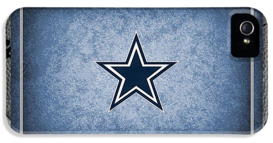 Cowboys IPhone 5 / 5s Case featuring the photograph Dallas Cowboys by Joe Hamilton