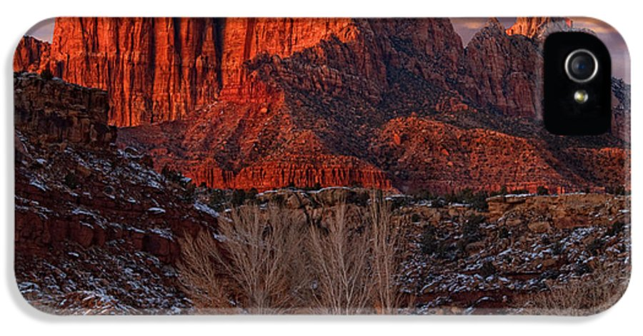 Zion National Park IPhone 5 / 5s Case featuring the photograph Zion National Park Utah by Utah Images