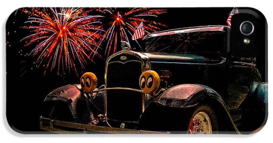Hot Rod Art IPhone 5 / 5s Case featuring the photograph 31 Five Window Coupe On The Fourth Of July by Chas Sinklier