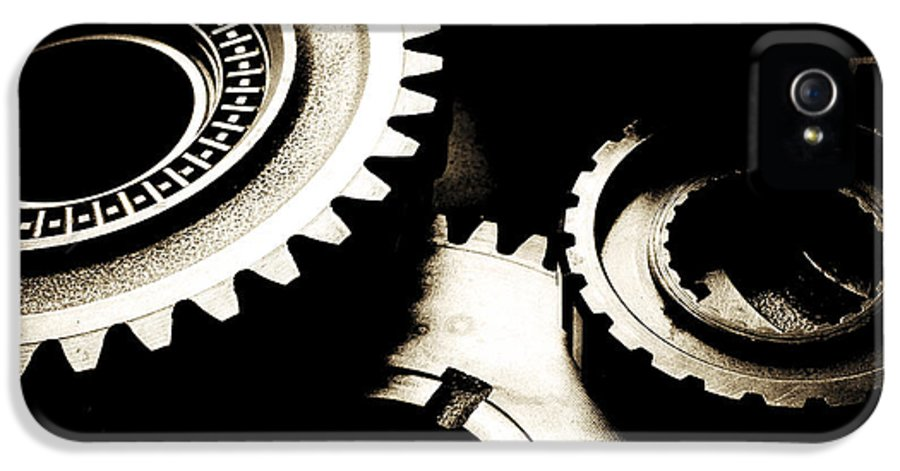 Gearing IPhone 5 / 5s Case featuring the photograph Cogs by Les Cunliffe