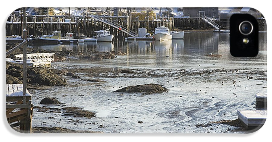 Maine IPhone 5 / 5s Case featuring the photograph South Bristol On The Coast Of Maine by Keith Webber Jr