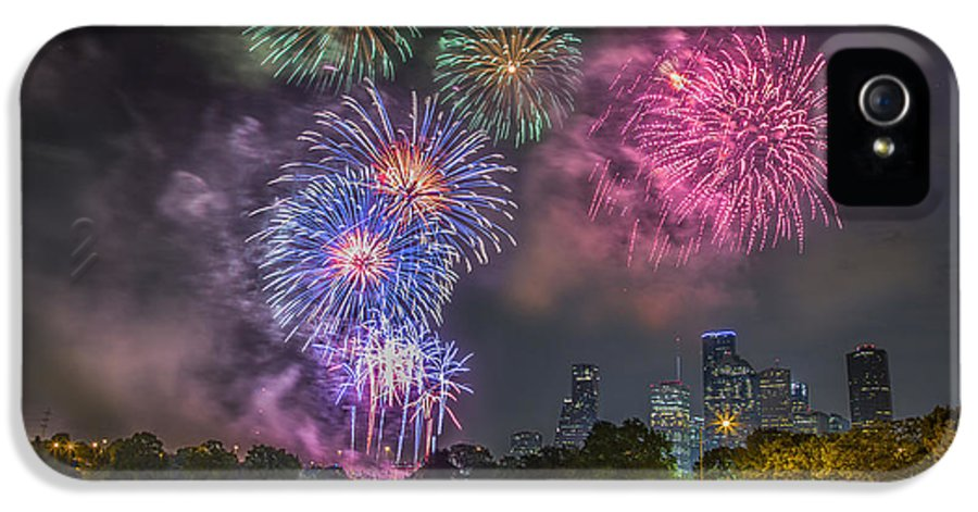 4th IPhone 5 / 5s Case featuring the photograph 4th Of July In Houston Texas by Micah Goff