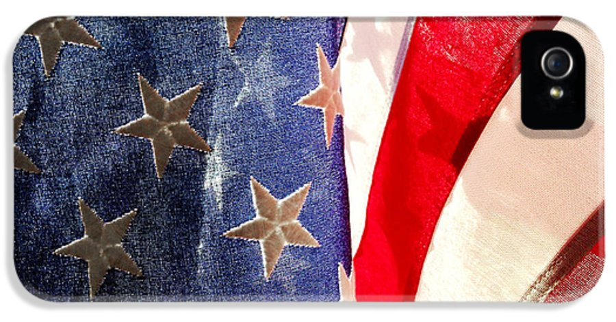 Closeup IPhone 5 / 5s Case featuring the photograph American Flag by Les Cunliffe