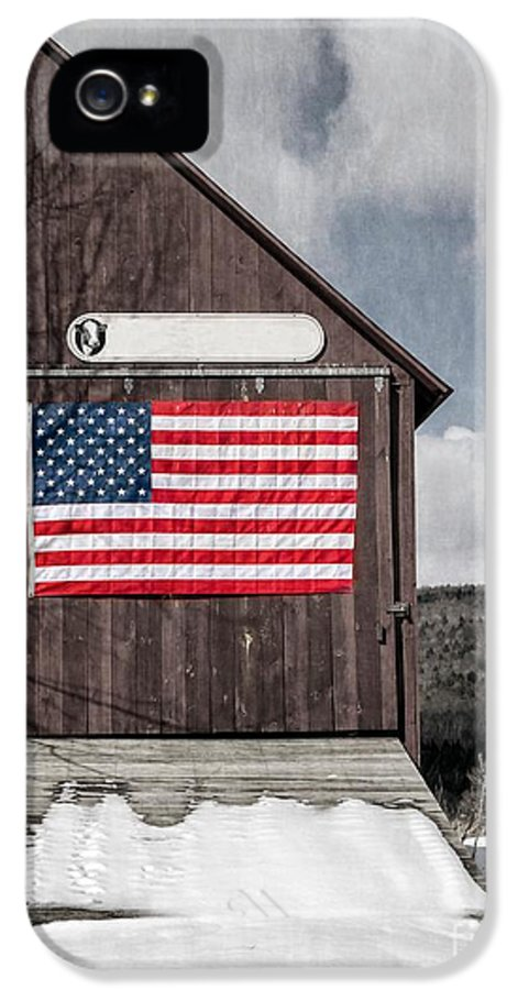 Americana IPhone 5 / 5s Case featuring the photograph Americana Patriotic Barn by Edward Fielding