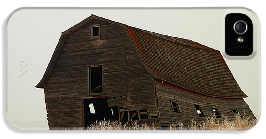 Barns IPhone 5 / 5s Case featuring the photograph An Old Leaning Barn In North Dakota by Jeff Swan