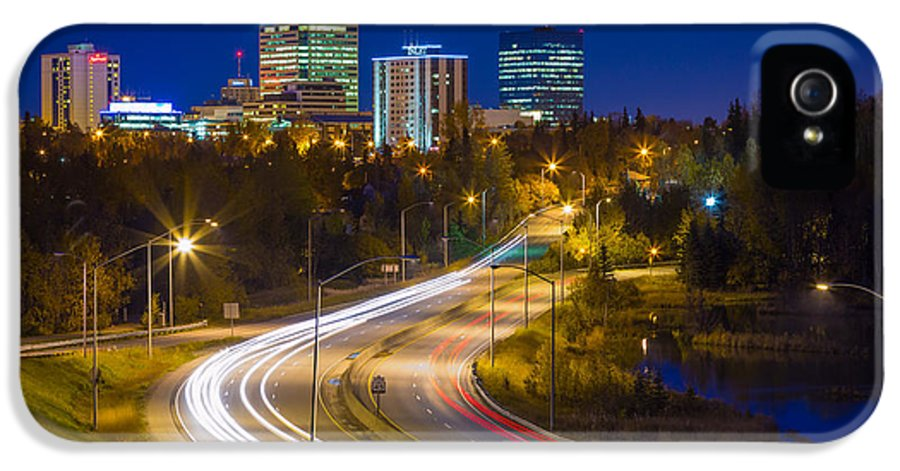 Alaska IPhone 5 / 5s Case featuring the photograph Anchorage Skyline by Inge Johnsson