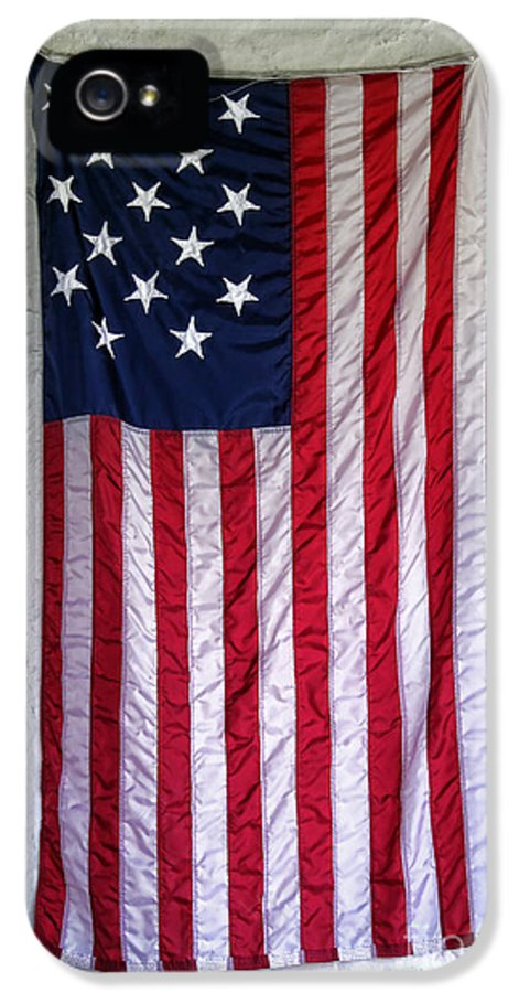American IPhone 5 / 5s Case featuring the photograph Antique American Flag by Olivier Le Queinec