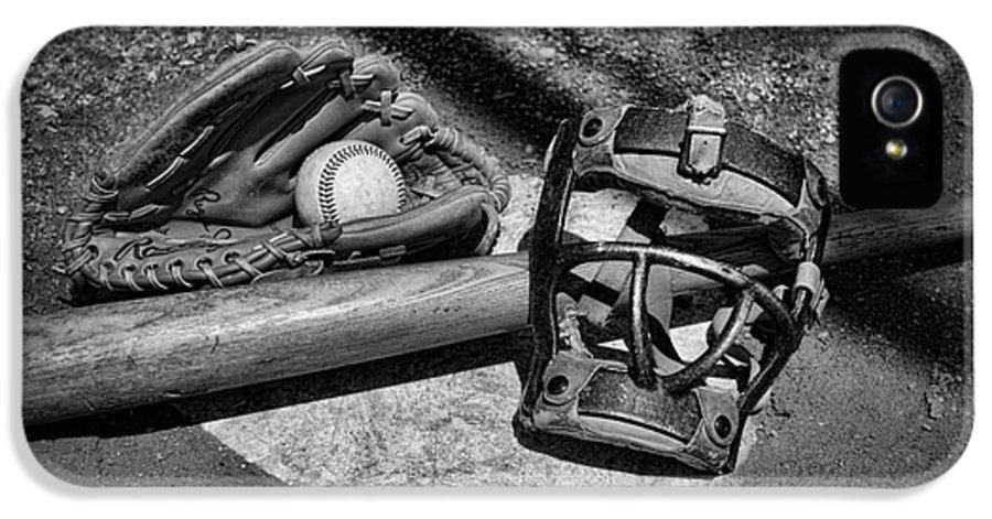 Paul Ward IPhone 5 / 5s Case featuring the photograph Baseball Play Ball In Black And White by Paul Ward