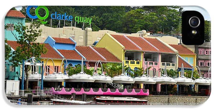 Clarke Quay IPhone 5 / 5s Case featuring the photograph Boats At Clarke Quay Singapore River by Imran Ahmed