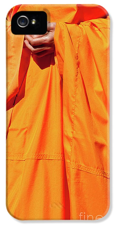 Buddhist Monk IPhone 5 / 5s Case featuring the photograph Buddhist Monk 02 by Rick Piper Photography