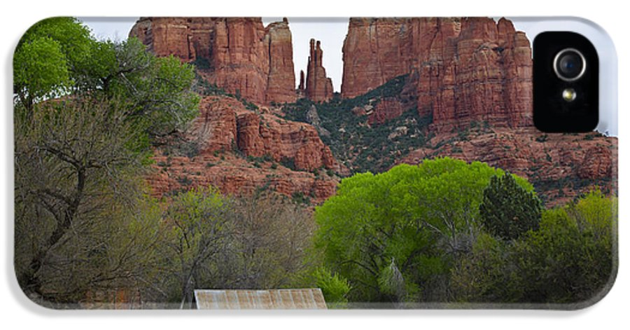 Cathedral IPhone 5 / 5s Case featuring the photograph Cathedral Rock V by Dave Gordon