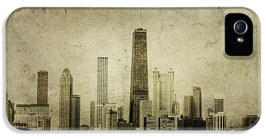 Chicago IPhone 5 / 5s Case featuring the photograph Chitown by Andrew Paranavitana