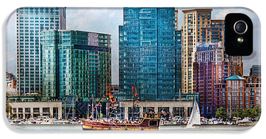 Maryland IPhone 5 / 5s Case featuring the photograph City - Baltimore Md - Harbor East by Mike Savad