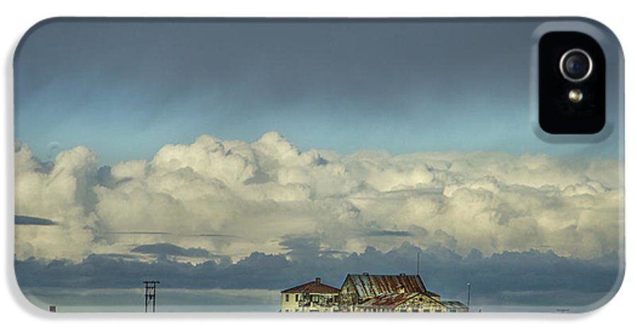 Cloud IPhone 5 / 5s Case featuring the photograph Clouds Of My Mind by Evelina Kremsdorf