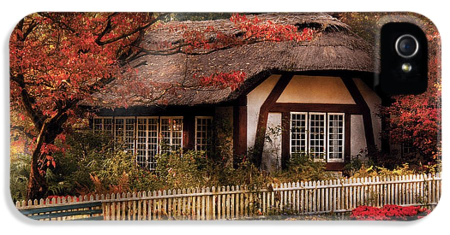 Savad IPhone 5 / 5s Case featuring the photograph Cottage - Nana's House by Mike Savad