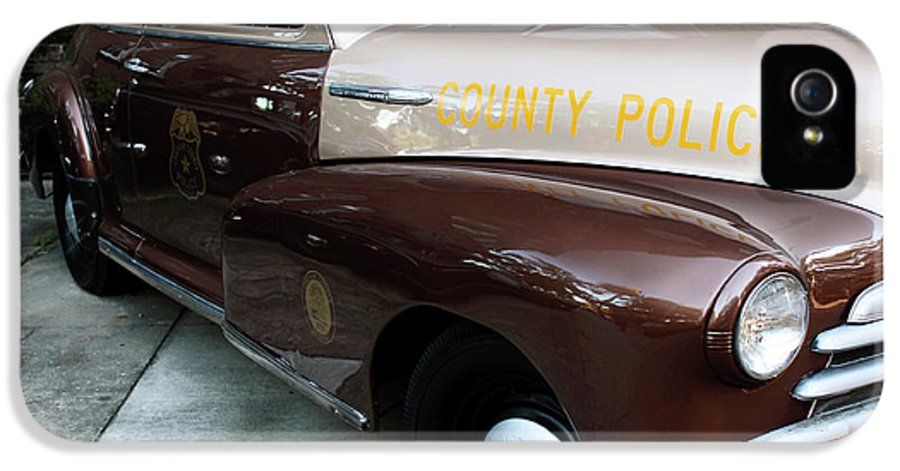 Police Car IPhone 5 / 5s Case featuring the photograph County Police by John Rizzuto