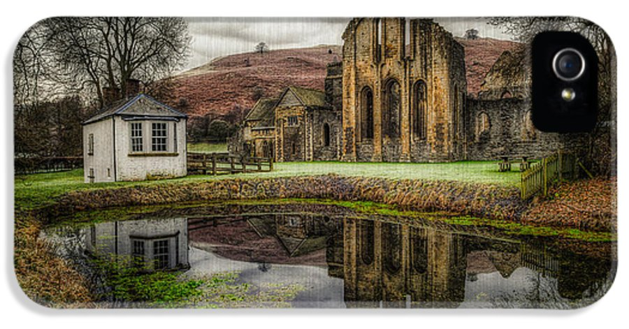 Valle Crucis IPhone 5 / 5s Case featuring the photograph Crucis Abbey by Adrian Evans