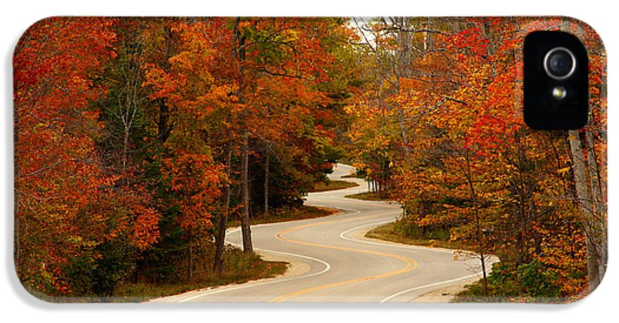 3scape Photos IPhone 5 / 5s Case featuring the photograph Curvy Fall by Adam Romanowicz