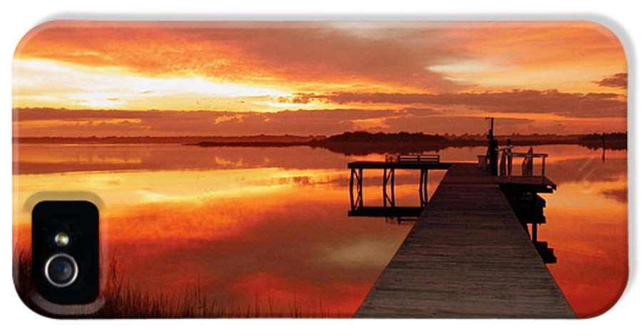 Orange IPhone 5 / 5s Case featuring the photograph Dawn Of New Year by Karen Wiles