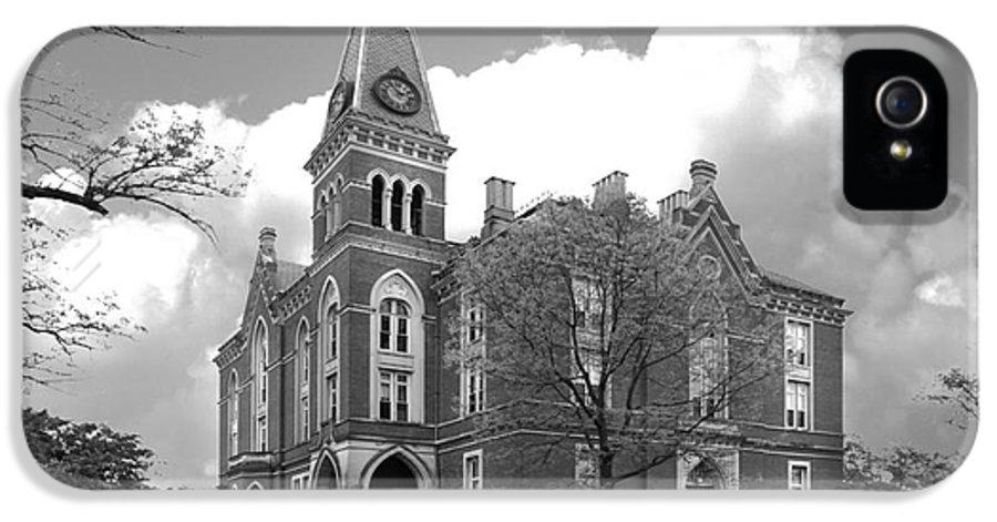 Depauw University IPhone 5 / 5s Case featuring the photograph De Pauw University East College by University Icons