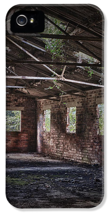 Derelict IPhone 5 / 5s Case featuring the photograph Derelict Building by Amanda Elwell