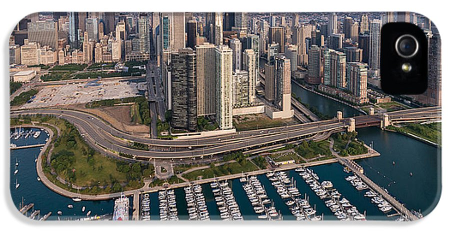 Chicago IPhone 5 / 5s Case featuring the photograph Dusable Harbor Chicago by Steve Gadomski