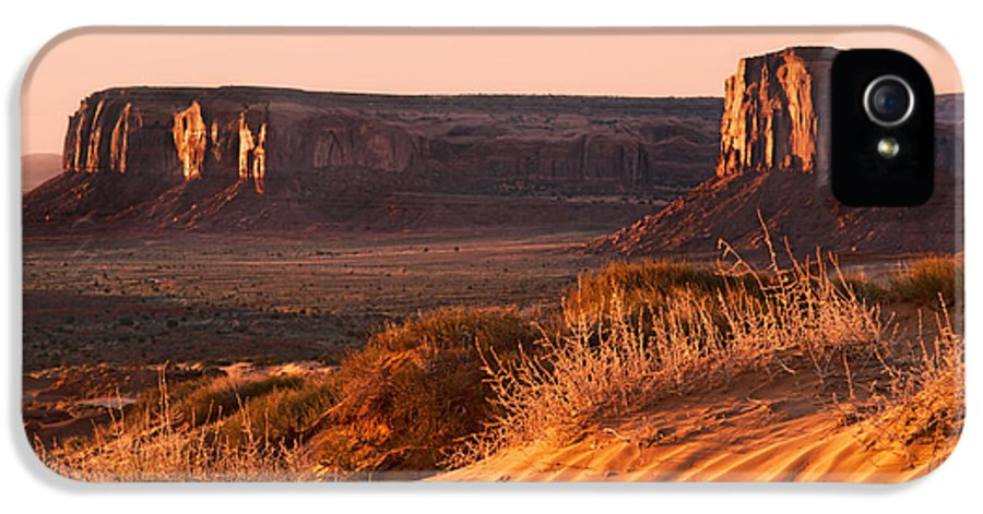 America IPhone 5 / 5s Case featuring the photograph Early Morning In Monument Valley by Jane Rix