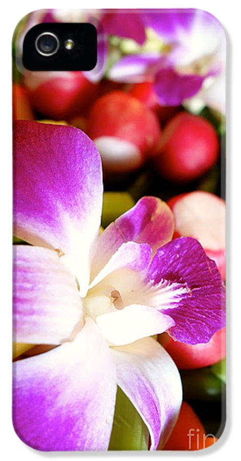 Edible Flowers IPhone 5 / 5s Case featuring the photograph Edible Flowers by Jacqueline Athmann