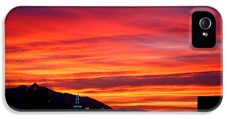 Salt Lake City IPhone 5 / 5s Case featuring the photograph Fiery Sunset by Rona Black