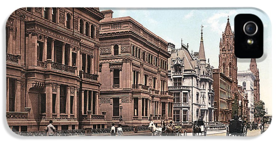 New York IPhone 5 / 5s Case featuring the photograph Fifth Avenue by Unknown
