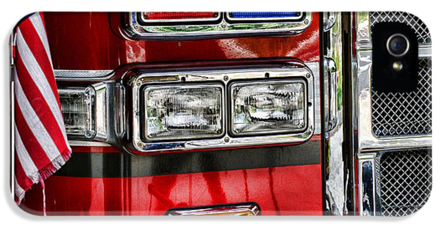 Fireman IPhone 5 / 5s Case featuring the photograph Fireman - Fire Engine by Paul Ward