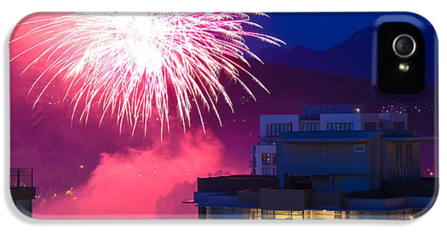 Fireworks IPhone 5 / 5s Case featuring the photograph Fireworks In The City by Nancy Harrison