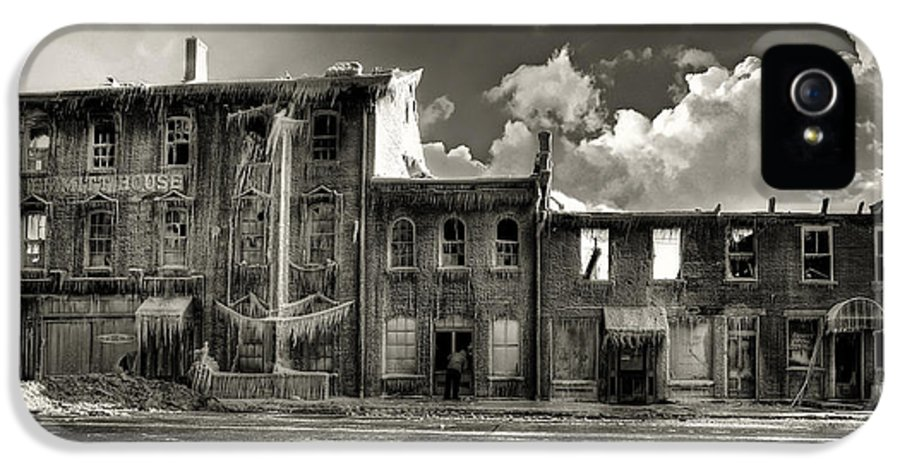 Lost In Fire IPhone 5 / 5s Case featuring the photograph Ghost Of Our Town by Jaki Miller