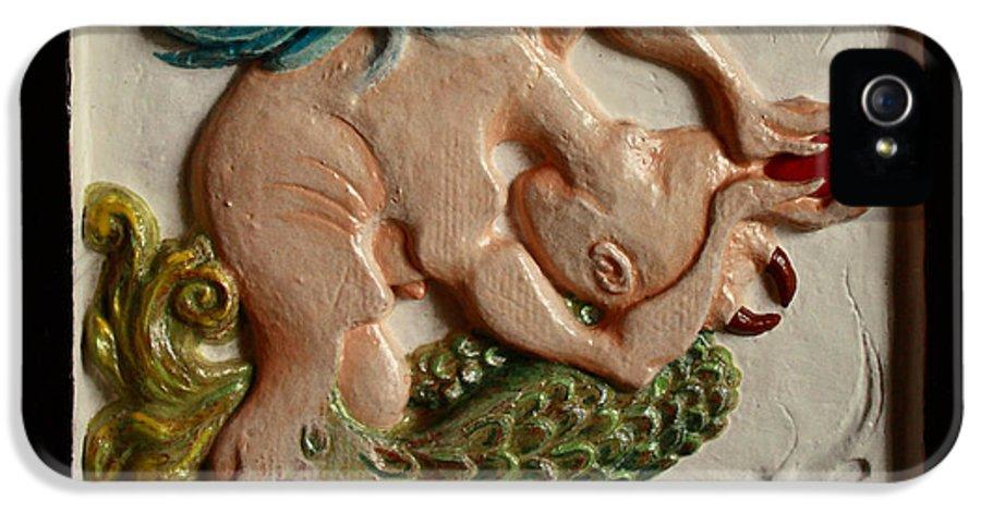 Mermaid IPhone 5 / 5s Case featuring the relief Gift by Anastasiya Verbik