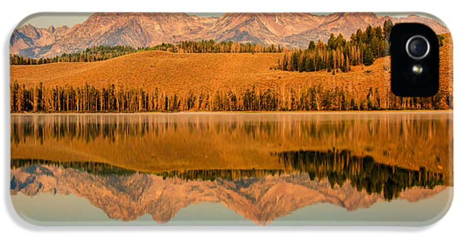 Rocky Mountains IPhone 5 / 5s Case featuring the photograph Golden Mountains Reflection by Robert Bales